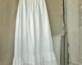 Pretty Antique Long White Crochet Lace Trim Skirt Petticoat