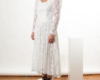 Lace Wedding Dress / White Evening Dress / Long Sleeve Maxi Dress
