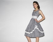 Vintage 1950s Black and White Gingham Cotton Dress  - Vintage  50s Cotton Dress - Vintage 1950s Cotton Dresses  - WD0528
