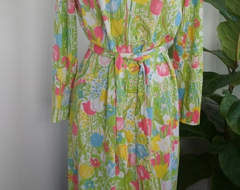 70s SERBIN—Tulip Print Belted Dress--Thin Poly Jersey—Plus Size