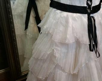 Plus Size Black and White Wedding Dress Plus Sized Bridal Gown