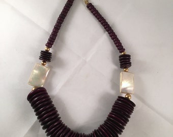 Fabulous Vintage Chunky Necklace - Mother of Pearl & Wood