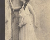 Bacchante au Thyrse, Myriel as Bacchanalian Priestess. Reutlinger, circa 1905