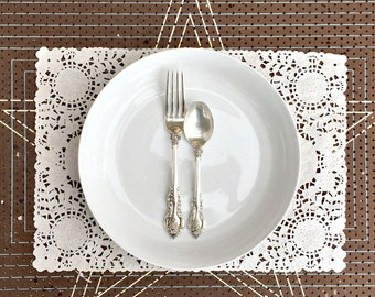 PLACEMAT RECTANGULAR - Hand Dyed Paper Doily -You choose the color and quantity. Paper Decor, Party Decoration