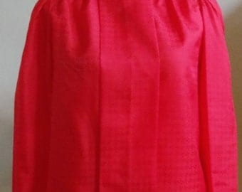 """Vintage 70's Lucky Winner Long Sleeved Red Blouse with Woven Chevron-Like Print Bust 41"""" Waist 40"""""""