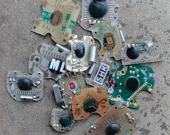 Digital watch chips -- set of 13 -- D3