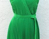 "1970s Green Accordion Pleated Dress Howard Wolf- B34 / 34"" Bust"