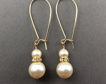 Pearl Earings In Gold With Rhinestones And Cream Swarovski Crystal Pearl Drops