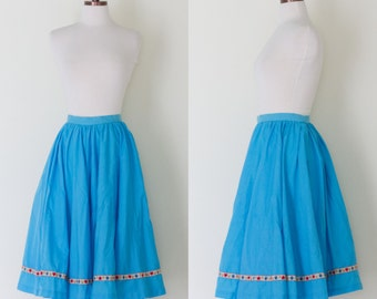 1950s turquoise circle skirt / vintage 50s full skirt with heart and floral ribbon trim | XS
