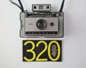 Polaroid 320 Automatic Land Camera