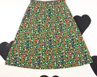 70's 80's strawberry printed skirt 1970's A-line Strawberry shortcake all over printed skirt / shirred waist / Dolly / Kawaii / 28 29 size L