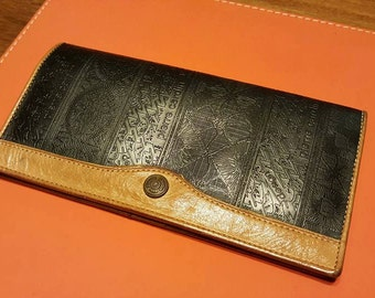 Authentic 80s Vintage PIERRE CARDIN Black Brown Leather Wallet - zipped coin compartment, snapped button closure -  Made in Spain