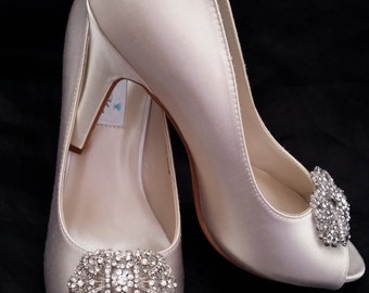 Wedding Shoes Vintage Inspired Crystal Bridal Shoes Pick your Color - White bridal shoes - Ivory Wedding Shoes - Dyeable Wedding Shoes