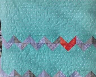 teal baby blanket, zigzag crib blanket, fleece backed nursery quilt