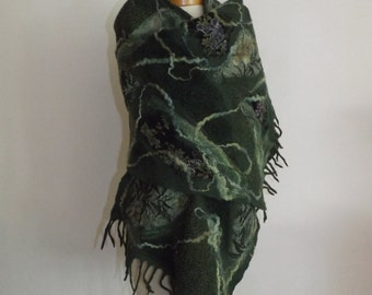 Felted scarf, wool scarf wet felted hand made Autumn shawl. green shawl, nuno felted scarf, big scarf