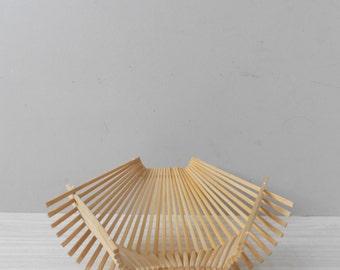 vintage wood mid century modern collapsible folding bamboo basket tray / fruit bowl / boho / organic