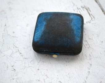 1930s Blue Velvet Jewelry Box