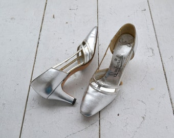 1960s Imperial Metallic Silver Heels, size 8AA