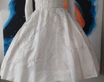 1950's RAPPI White Beaded Rhinestones Reverse Halter Party Dress WEDDING Prom Designer Small Xs Rockabilly VLV