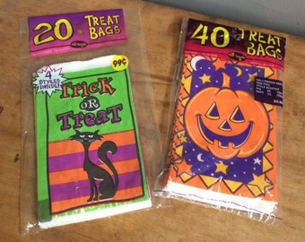 Vintage Halloween Trick or Treat Bags 60 Small