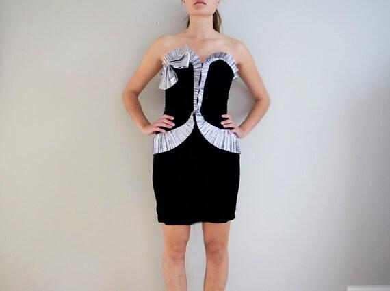 SALE 80s black velvet silver metallic trim party dress, size S/M