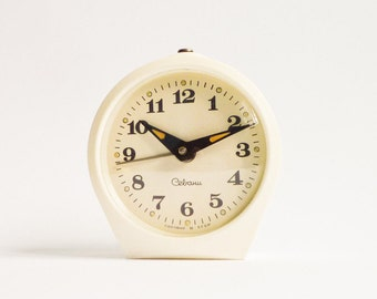 Vintage White Mechanical Alarm Clock Cream Working