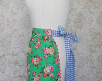 Bright Floral Tea Apron in Green, Pink, Blue // Retro, Roses