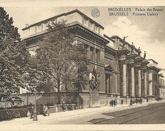 1920s Vintage Museum of Fine Arts Belgium Postcard