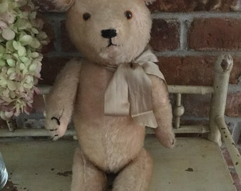 "Vintage antique straw stuffed mohair bear 17"" fully jointed with growler 1920-1940"