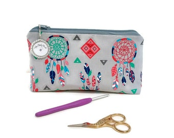 Small Dreamcatchers and Feathers Zipper Storage Pouch S107