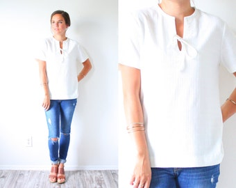 Vintage off white blouse crochet top // cream lace blouse // formal casual top // festival boho oversized top // hippie navajo modest blouse
