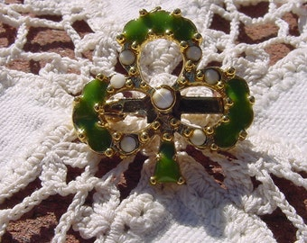 Vintage Brooch with Rhinestones on Gold Tone Lucky Irish Clover Brooch