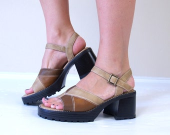 vintage 90s PLATFORM brown patchwork CHUNKY SANDALS 8 vegan heels peep toe club kid raver grunge