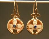 18kt Yellow Gold Dangle Earrings // Gold and Sapphire Drop Earrings