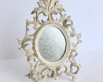 Virginia Metalcrafters Oval Picture Frame Cream with Gold Accents Cast Iron