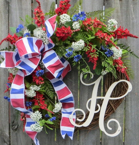 Red White and Blue Wreath, Patriotic Wreath with Monogram, Front Door Wreath for July 4th, Monogram Wreath, Personalized Wreath