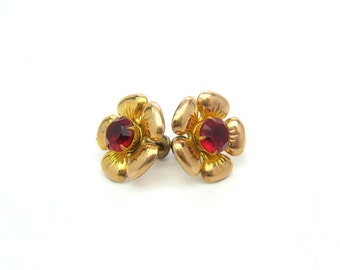 Gold Filled Flower Earrings. Yellow Gold & Cherry Red Rhinestone Centers. Engraved Repoussé Screw Backs. Vintage 1950s Retro Jewelry