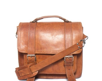1970's Vintage Brown Leather Messenger Travel Bag