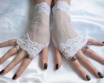 White Lace Arm Warmers Victorian Fingerless Gloves Armwarmers Arm Warmer - Snowy - Wedding Sleeves Wrist cuffs feminine bridal belly dance