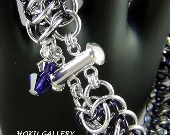 """Chainmaille Bracelet, Shiny Aluminum, and Eggplant Enameled Copper Rings, size 8"""" - Hand Crafted Artisan Jewelry"""