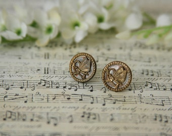 Butterfly earrings Victorian buttons - Made with vintage brass buttons