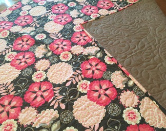 Whole Cloth Baby Quilt with Whimsical Flowers