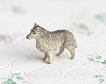 Lead Collie Dog - Antique Farm Animal Lead Toy - Iron Cast Shepherd dog - Made in England