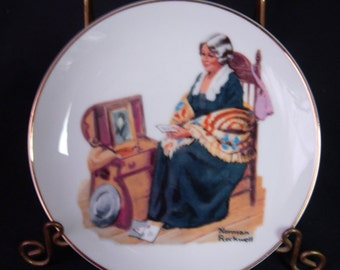 """Norman Rockwell MEMORIES Plate - 6-1/2"""" Plate - Dated 1984"""