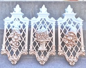 White and Gold Ornate Wall Plaques Set Hangings Luxe Glam Vintage Home Decor