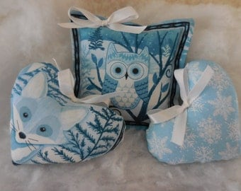 Primitive Winter Time Ornie Bowl Fillers Winter Quiet Tucks Fox Owl Snowflakes