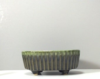 Vintage Hull Green Drip Glaze Planter Made in U.S.A. Oval Planter