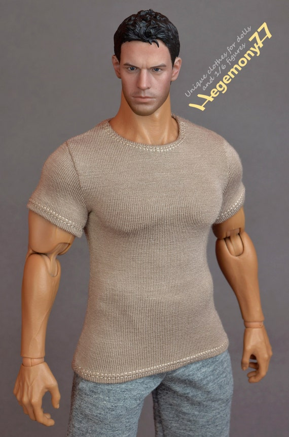 1/6th scale XXL khaki T-shirt for: Hot Toys TTM 20 size bigger action figures and male fashion dolls