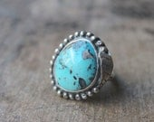 Turquoise Leaf Ring / Sterling Bohemian Jewelry / Silver Bead Turquoise  Ring / Size 6