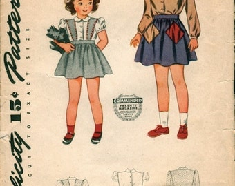 Cute Vintage 1940s Simplicity 4484 WWII Era Girls Jumper, Skirt and Blouse Sewing Pattern Sz 6